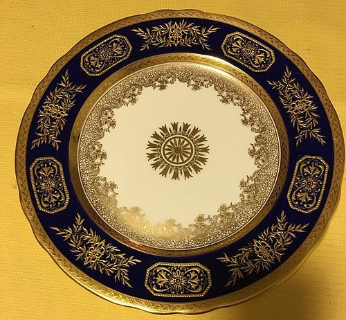 Beautiful royal blue Aynsley England cabinet plate