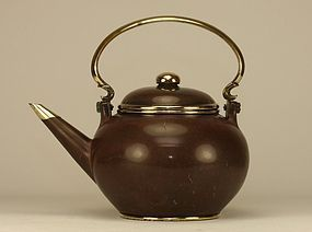 Chinese Yixing GONG GEK marked Pottery Teapot