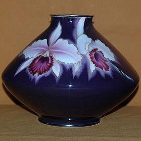 Taisho Period c.1920 Signed Ando Cloissone Vase