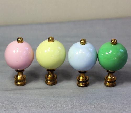 Japanese Fukugawa Porcelain Lamp Finial