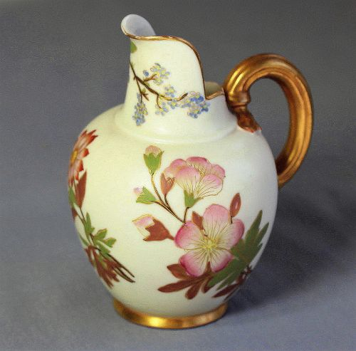 English Worcester Porcelain Pitcher, Sprays of floral decoration