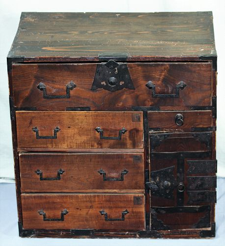 Japanese small Tansu, dated 1898, Meiji period