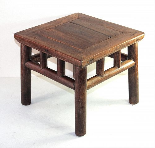 Chinese Elmwood square small Table, 19th C.