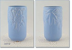 McCOY POTTERY � BUTTERFLY LINE 8� VASE (BLUE)