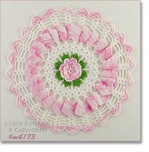 CROCHET DOILY WITH PINK FLOWER CENTER
