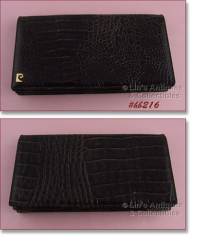 BROWN ALLIGATOR CLUTCH STYLE HANDBAG