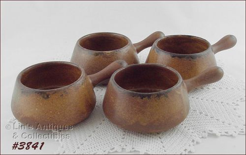 McCOY POTTERY � SET OF 4 CANYON INDIVIDUAL SIZE CASSEROLES