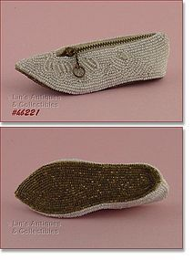 VINTAGE BEADED SHOE SHAPED COIN PURSE