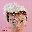 WHITE HAT WITH NETTING VEIL