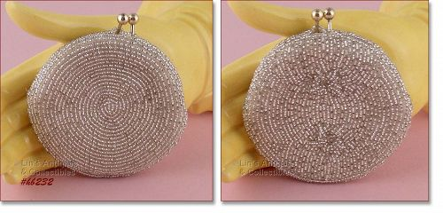 HAND-MADE BEADED COIN PURSE BY DeLILL