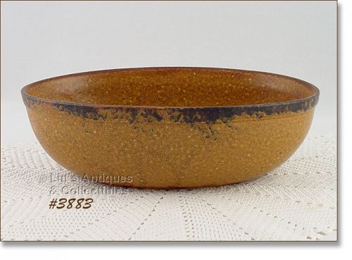 McCOY POTTERY � CANYON OVAL SERVING BOWL