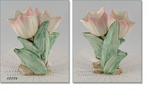 McCOY POTTERY � TULIP VASE WITH PASTEL PINK TIPS