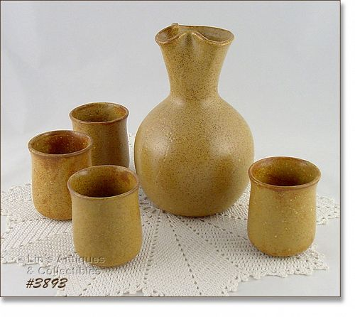 McCOY POTTERY � CANYON DECANTER WITH 4 CUPS/GLASSES