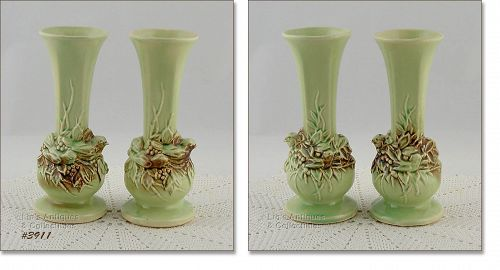 McCOY POTTERY � PAIR OF RUSTIC COLOR BUD VASES