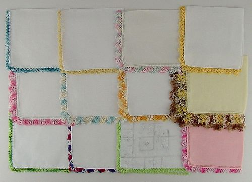 1 DOZEN HANDKERCHIEFS WITH TATTING EDGING (Lot #V2