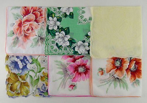 LOT OF 6 LARGER SIZE VINTAGE FLORAL HANKIES HANDKERCHIEFS