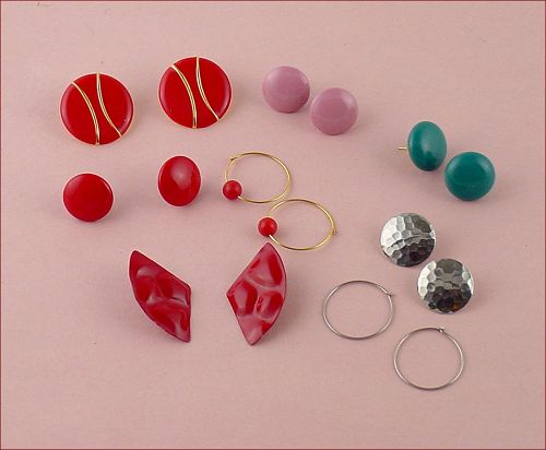 8 Pairs of Vintage Simply Whispers Earrings for Sensitive Ears