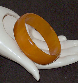 Vintage Bakelite Butterscotch Color Bangle Bracelet