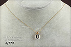 14KT YELLOW GOLD AQUAMARINE PENDANT AND CHAIN