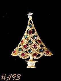 EISENBERG ICE CHRISTMAS TREE PIN with GREEN AND RED RHINESTONES