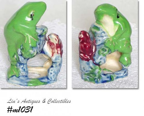AQUARIUM ACCESSORY -- TWO FROGS