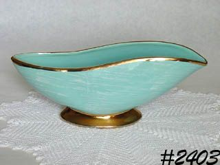 McCOY POTTERY -- HARMONY LINE PLANTER (GOLD TRIMMED)