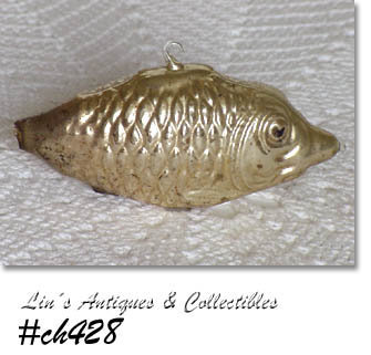 VINTAGE FISH SHAPE ORNAMENT!