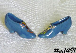 UHL POTTERY -- 2 MINIATURE BLUE SHOES (HAND DECORATED)