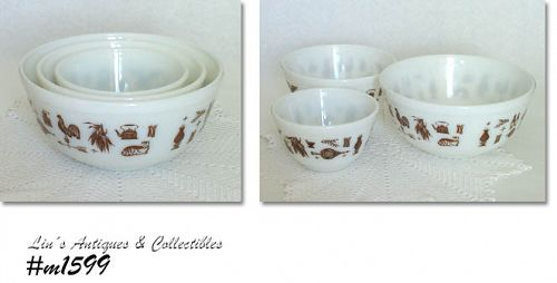 PYREX -- SET OF 3 EARLY AMERICAN PATTERN VINTAGE NESTING BOWLS