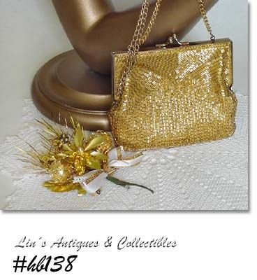 CHRISTMAS CORSAGE AND BEADED HANDBAG (GOLD COLOR)
