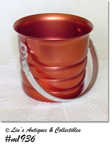 ALUMINUMWARE -- VINTAGE KROMEX COPPER COLOR ICE BUCKET