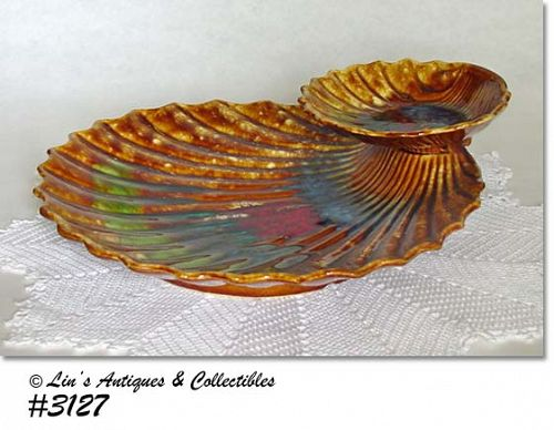 McCOY POTTERY --  SHELL CHIP AND DIP (MORANO LINE)