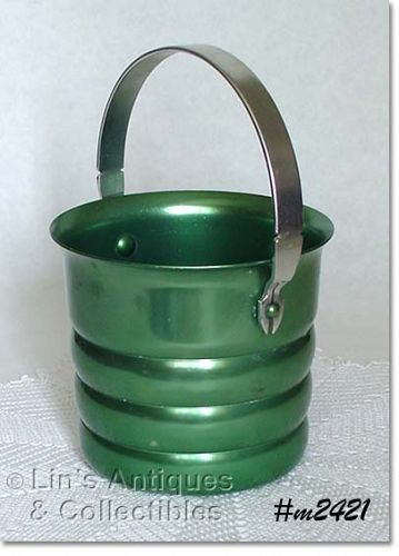 ALUMINUMWARE -- VINTAGE KROMEX GREEN COLOR ICE BUCKET