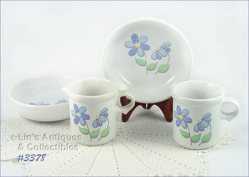 McCOY POTTERY � DAISY DELIGHT BREAKFAST SERVICE FOR 2