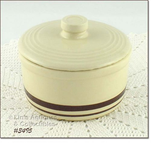 McCOY POTTERY � STONECRAFT COVERED CONTAINER