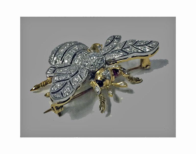 Diamond 18K Bee Brooch C.1950