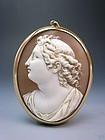 Splendid Antique Victorian Era Cameo Gold Pendant