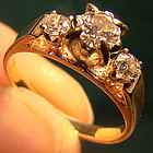Nice 14K DIAMOND RING with 3 DIAMONDS