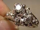 Stylish 14K WHITE GOLD CROSSOVER DIAMONDS RING