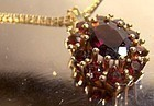 14K GARNETS PENDANT with CHAIN NECKLACE 1960s 14 K Chain