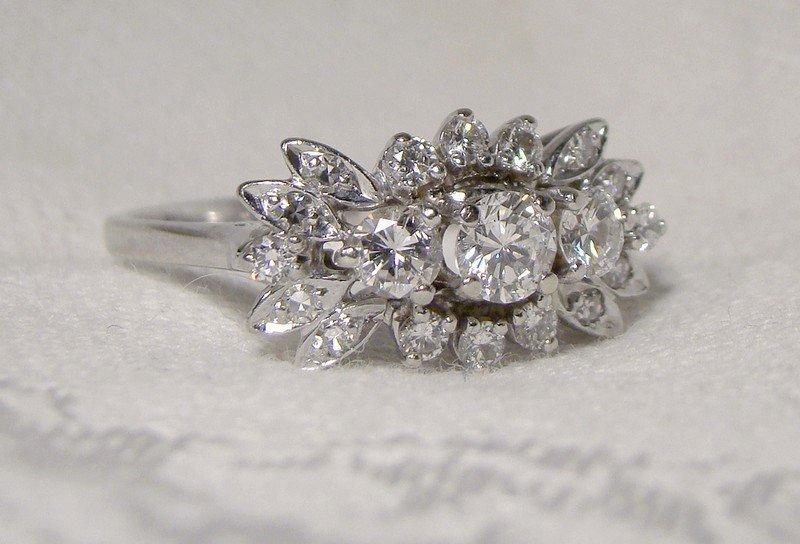 14K WHITE GOLD DIAMONDS RETRO RING c1950s