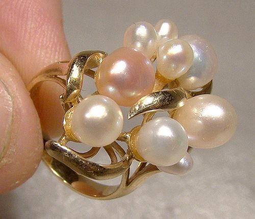 14K Italian Baroque and Teardrop Pearls Ring 1980s - Size 4-1/2