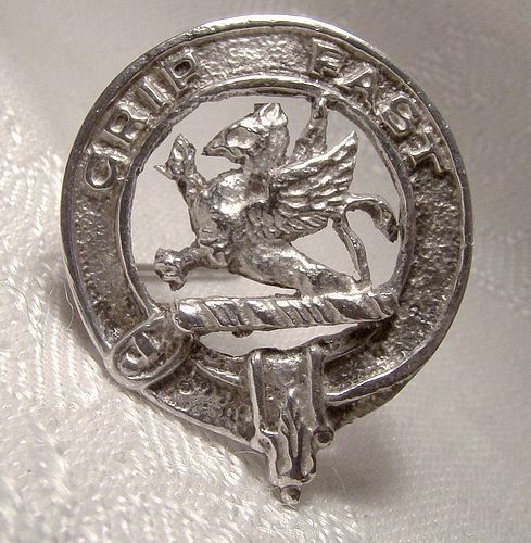 Scottish Leslie Family Grip Fast Sterling Silver Clan Pin Brooch 1949