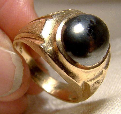 10K Man's Black Alaskan Diamond Hematite Cabochon Ring 1950s-60s