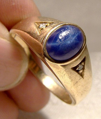 10K Yellow Gold Mans Genuine Blue Star Sapphire Ring 1960 with Diamond