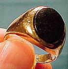 10K MAN'S ONYX SIGNET RING c1950-60
