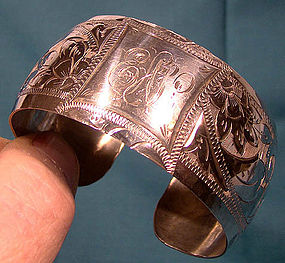 STERLING HAND-ENGRAVED CUFF BANGLE c1920-30