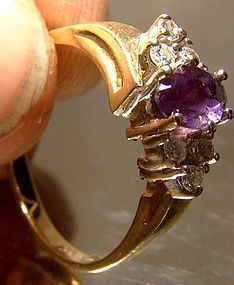Attractive 14K AMETHYST DIAMONDS RING c1960s-70s