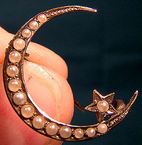 Edwardian 10K MOON & STAR SEED PEARLS PIN c1900-10