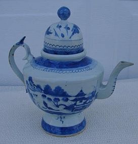 C.1850 CHINESE EXPORT BLUE CANTON DOME LID TEAPOT